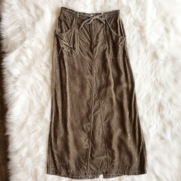 J. Jill Dresses & Skirts - ! J. Jill Crushed Velvet Tan Midi Skirt g869